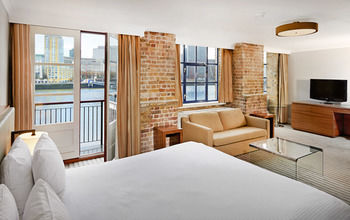 Hilton London Docklands Riverside Hotel - United Kingdom - London