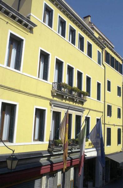 Amadeus Hotel - Italy - Venice