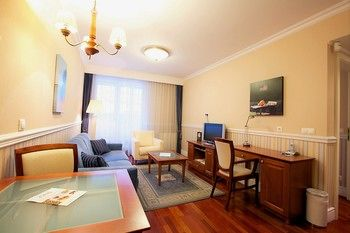 Queens Court Hotel & Residence - Hungary - Budapest