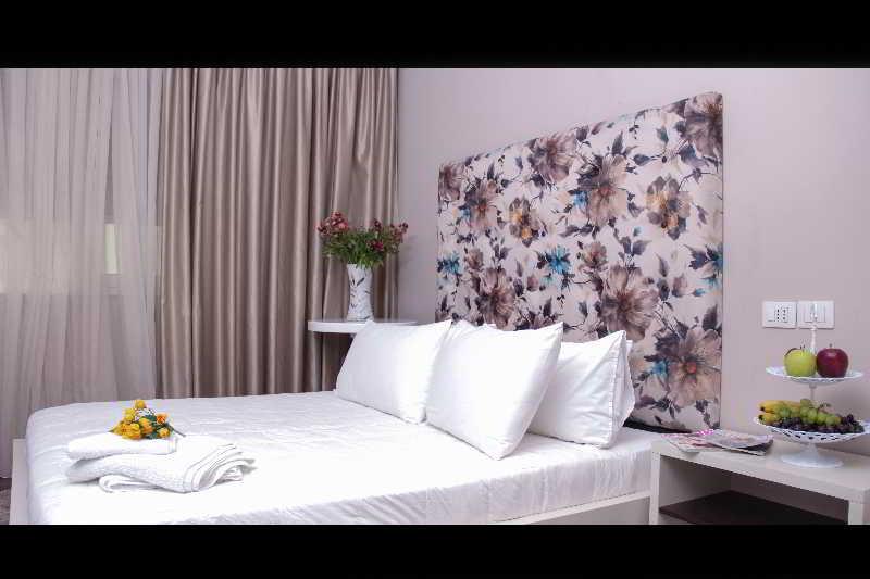 VIVAR HOTEL - Albania - Tirana