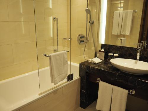 DoubleTree by Hilton Hotel & Conference Centre Warsaw - Poland - Warsaw