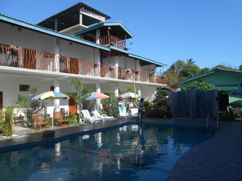 SHELL RESORT - Sri Lanka - ARUGAM BAY