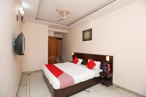 OYO 14390 Hotel Samrat - India - New Delhi