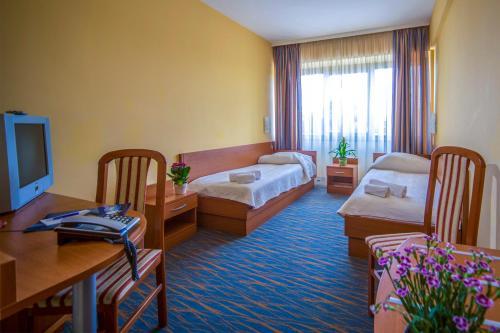 Duna Hotel - Hungary - Budapest