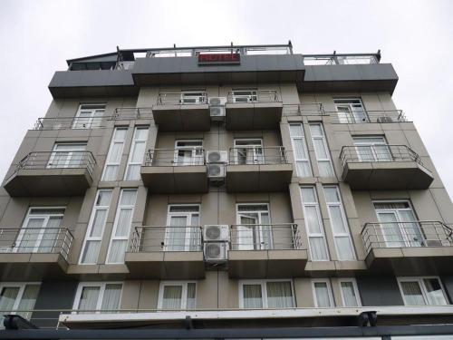 L?ON - Georgia - Batumi