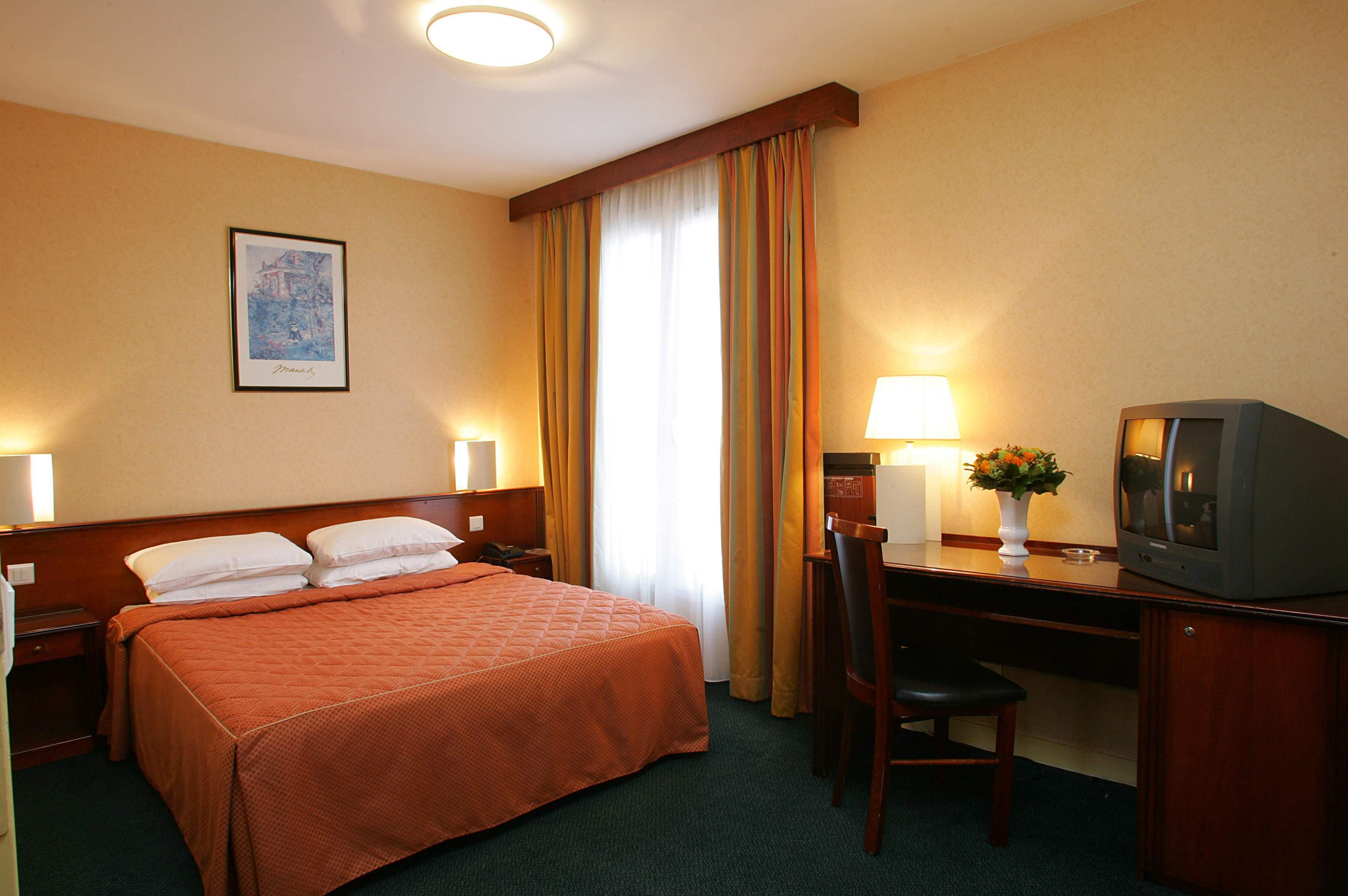 Classics Hotel Parc Des Expositions - France - Paris