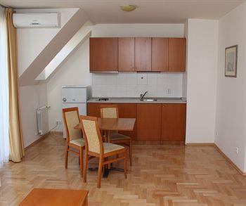 DUNAV APARTMENT HOUSE - Bulgaria - Sofia