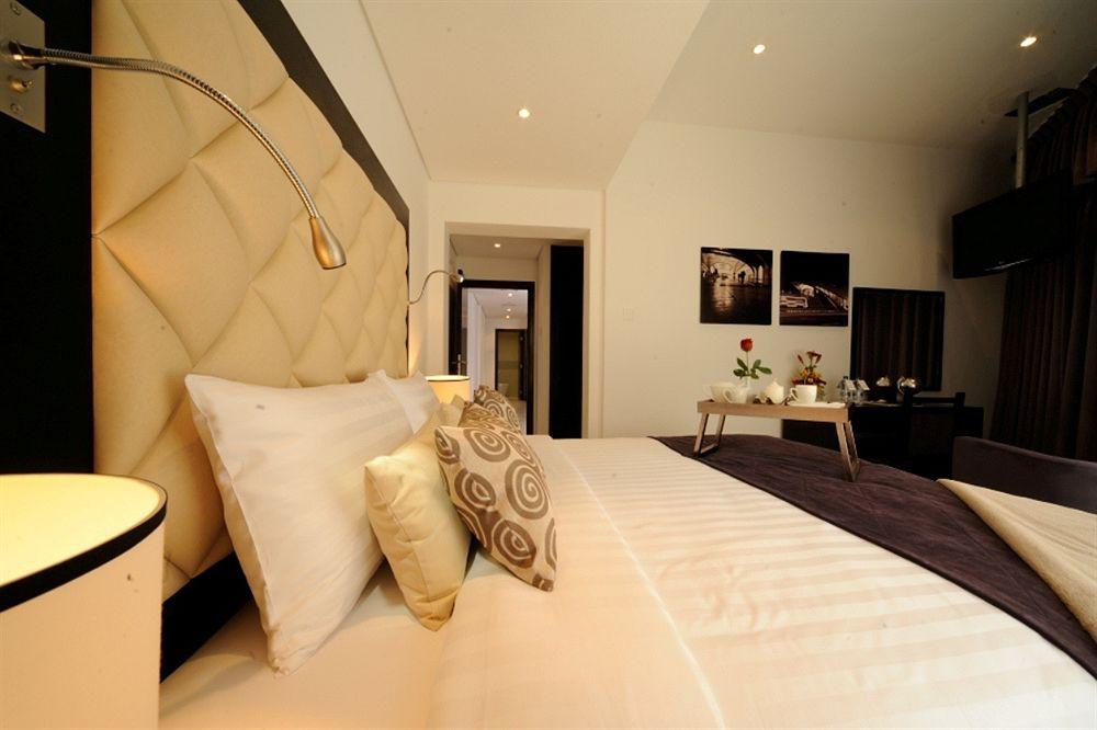 Auris Metro Central Hotel Apartments - United Arab Emirates - Dubai