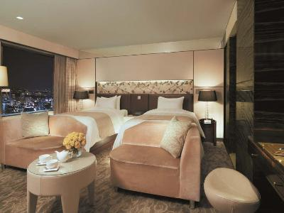 Lotte Hotel Seoul (Deluxe/ Room Only) - South Korea - Seoul
