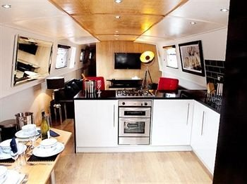 Hollywood Apartments & Barges - United Kingdom - Liverpool